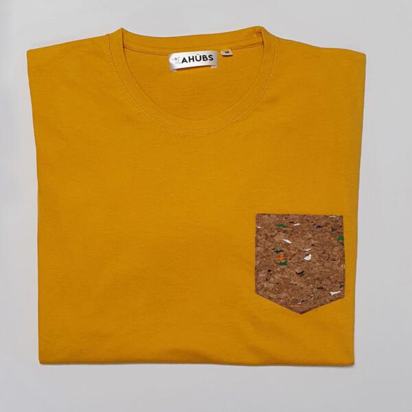 Camiseta Mostaza Bolsillo