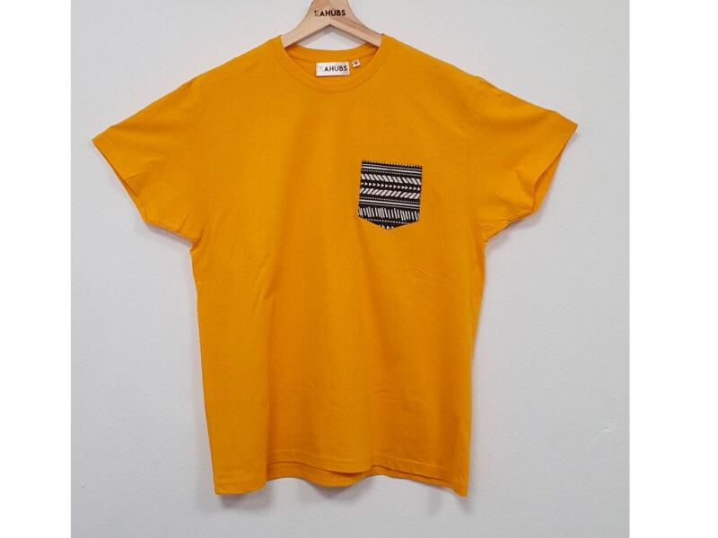 Camiseta Mostaza Con Bolsillo
